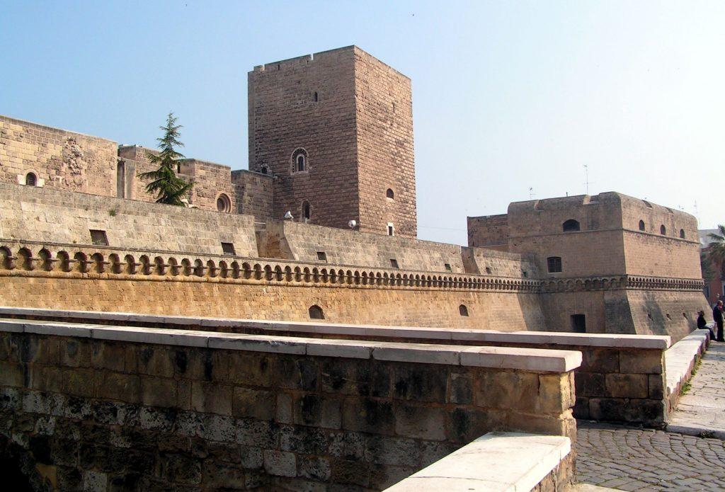 piumondopossibile-bari-castello-normanno-svevo