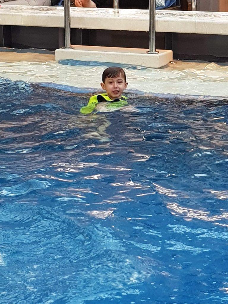 costa venezia piscina coperta